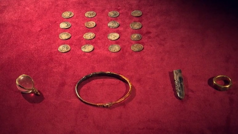 English treasure horde from 9th century