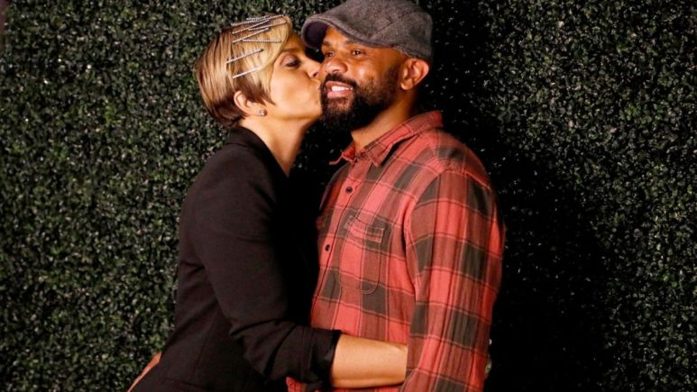 Robyn and Juan Dixon are officially engaged, but their wedding plans are on hold due to COVID-19