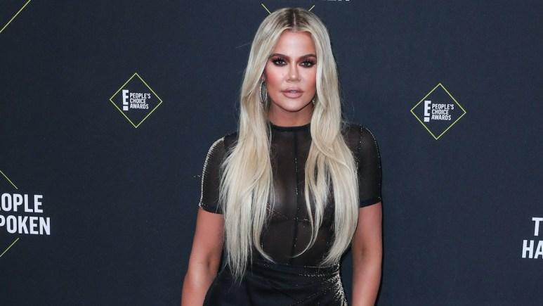 khloe kardashian at 2019 peoples choice awards