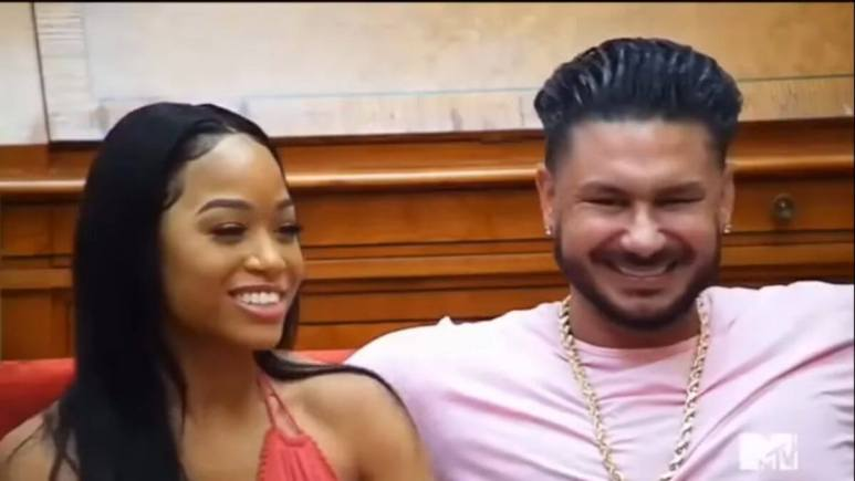 Pauly D and Nikki Hall during an episode of Jersey Shore Family Vacation