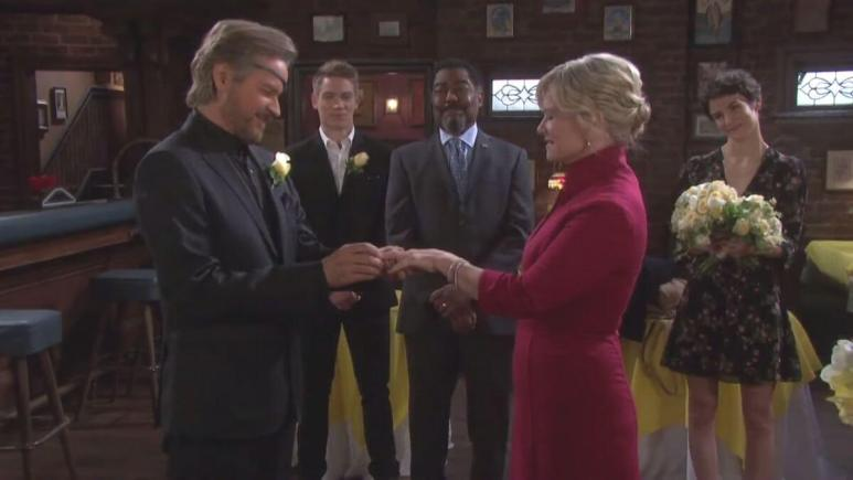 Days of our Lives spoilers tease Valentine's Day romance.
