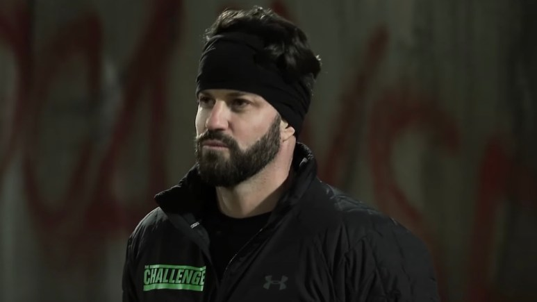 the challenge star johnny bananas reacts on total madness season