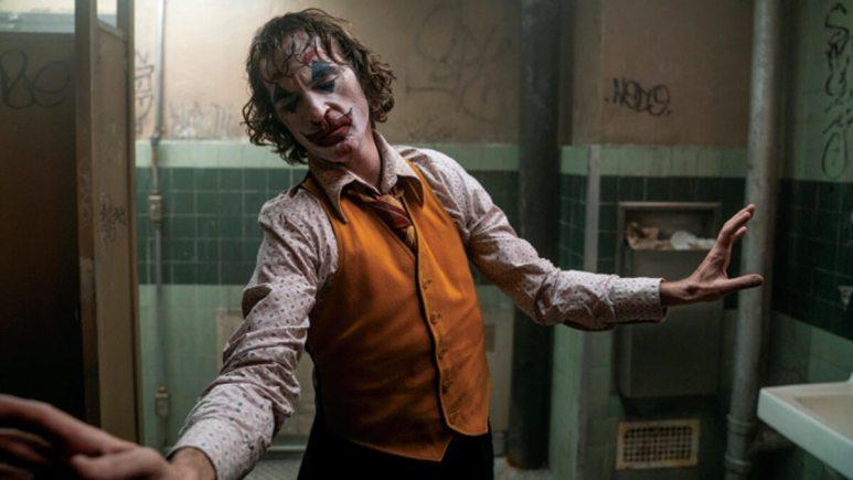 Joaquin Phoenix dancing as Joker
