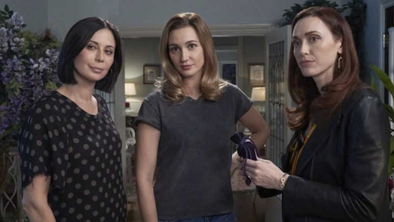 Cassie, Joy, and Abigail will look for Joy's father this week on Good Witch.