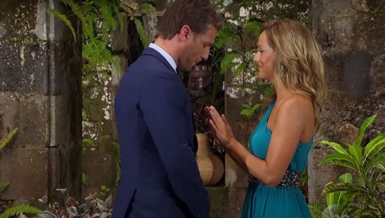 Clare Crawley stops Juan Pablo from hugging her after he dumps her