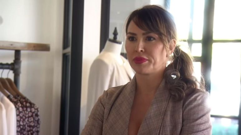 Newly fired RHOC star Kelly Dodd slams hateful bloggers while on vacation