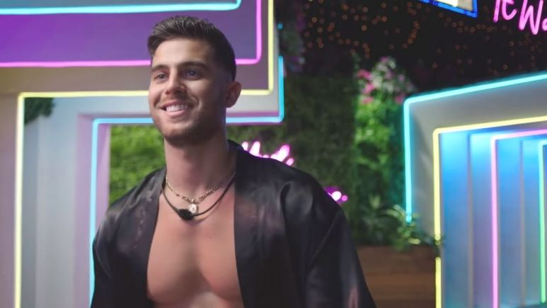 Andre Brunelli from Love Island USA : Why is he really on CBS reality TV show?