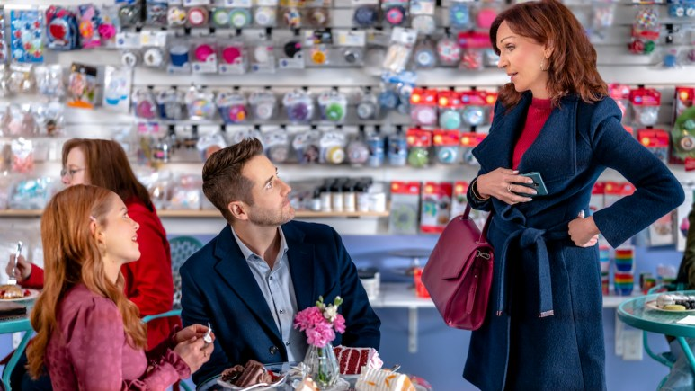 Candace Cameron Bure, Niall Matter, and Marilu Henner in Aurora Teagarden Mysteries: How To Con a Con.