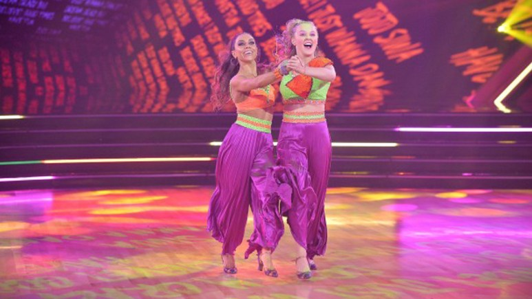 JoJo Siwa and Jenna Johnson on DWTS