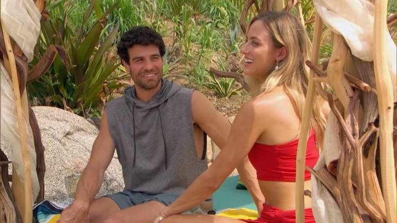 Joe and Kendall on Bachelor in Paradise