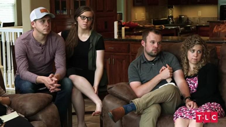Austin, Joy-Anna, John-David, and Abbie on Counting On.