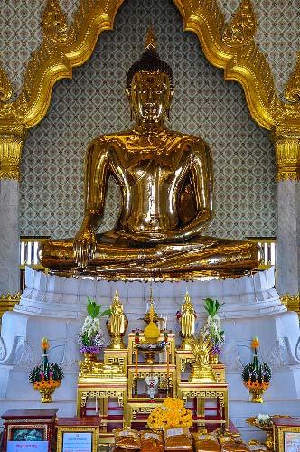 que-ver-bangkok-golden-buddha