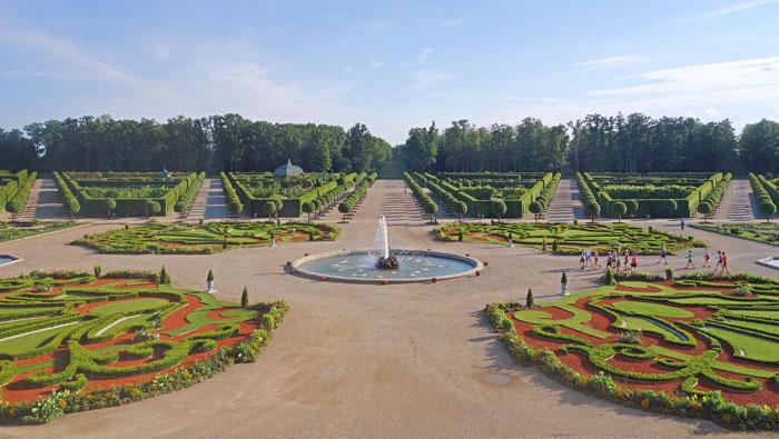 Visita-Palacio-Rundale-jardines