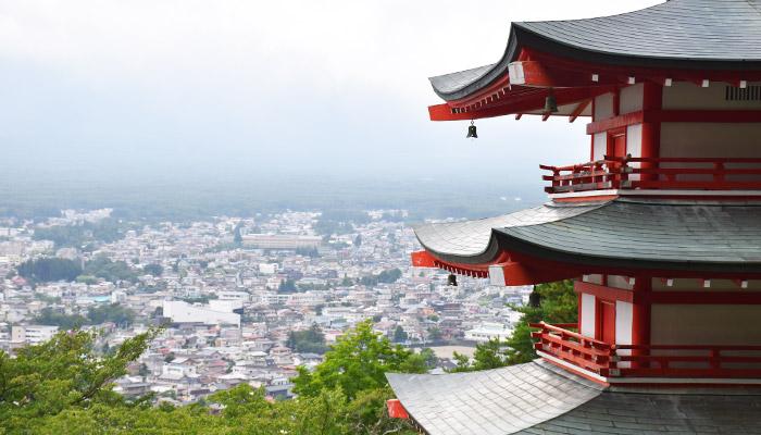 MONSTRAVEL_15_lugares_instagrameables_japón_chureito-pagoda