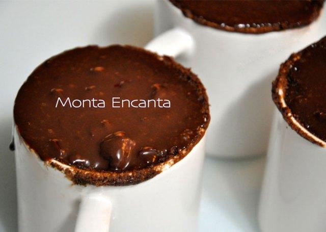 bolo-de-chocolate-de-caneca03
