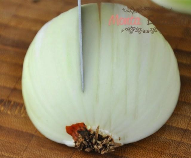 como-cortar-cebola-brunoise11