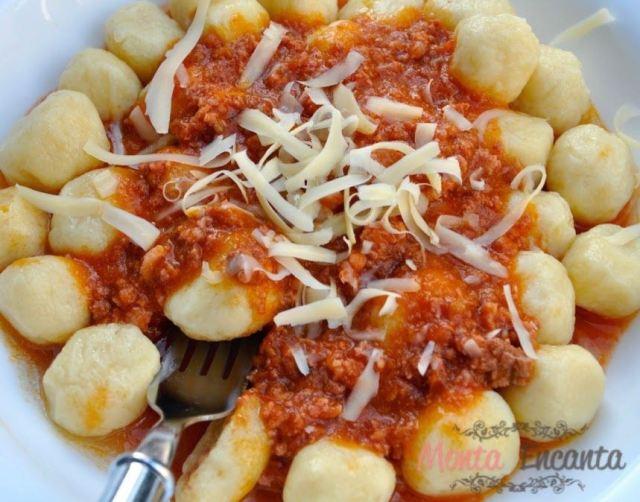 nhoque-batata-recheado-queijo-monta-encanta52