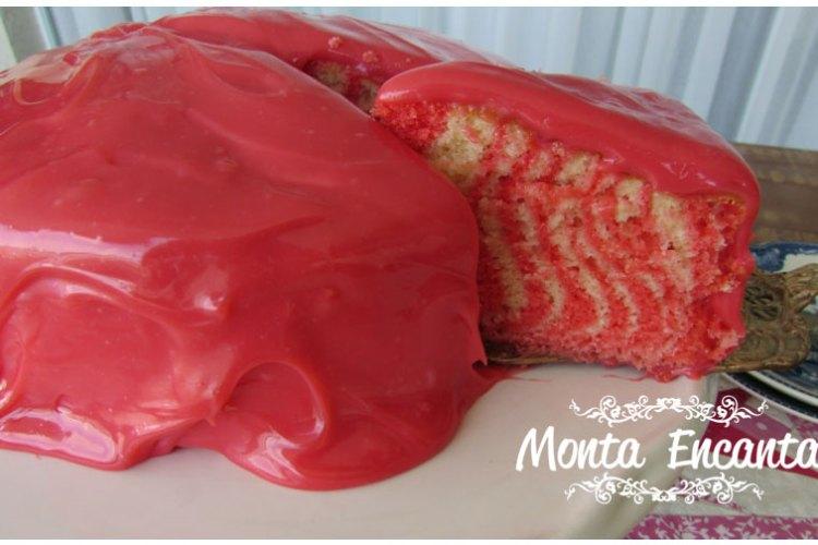 Cobertura de bolo pink encanta o parabéns dela!