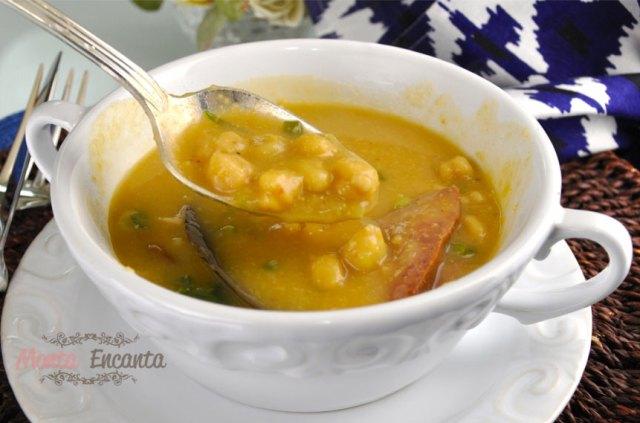 sopa-creme-grao-de-bico-monta-encanta2