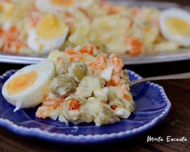 Salada de Ovo com batata e cenoura!