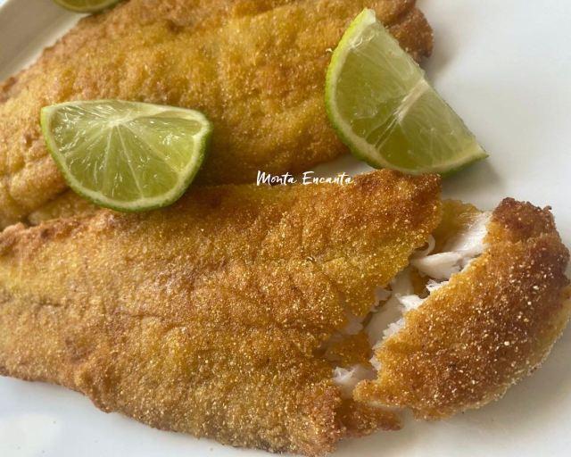 peixe frito empanado no fubá