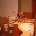 Baño con lavavo esquina