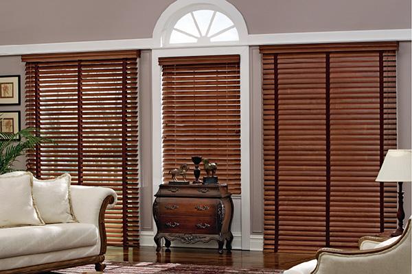 Las persianas de madera una excelente idea para tus ventanas
