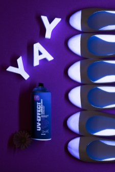 1703_DIY_UV-SPRAY-MONTANA-SHOES-11