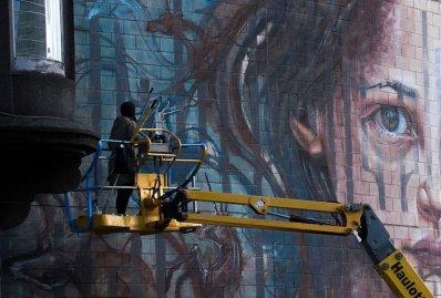 New_Mural_by_German_Street_Artists_Herakut_in_Aberdeen_Scotland_2017_05
