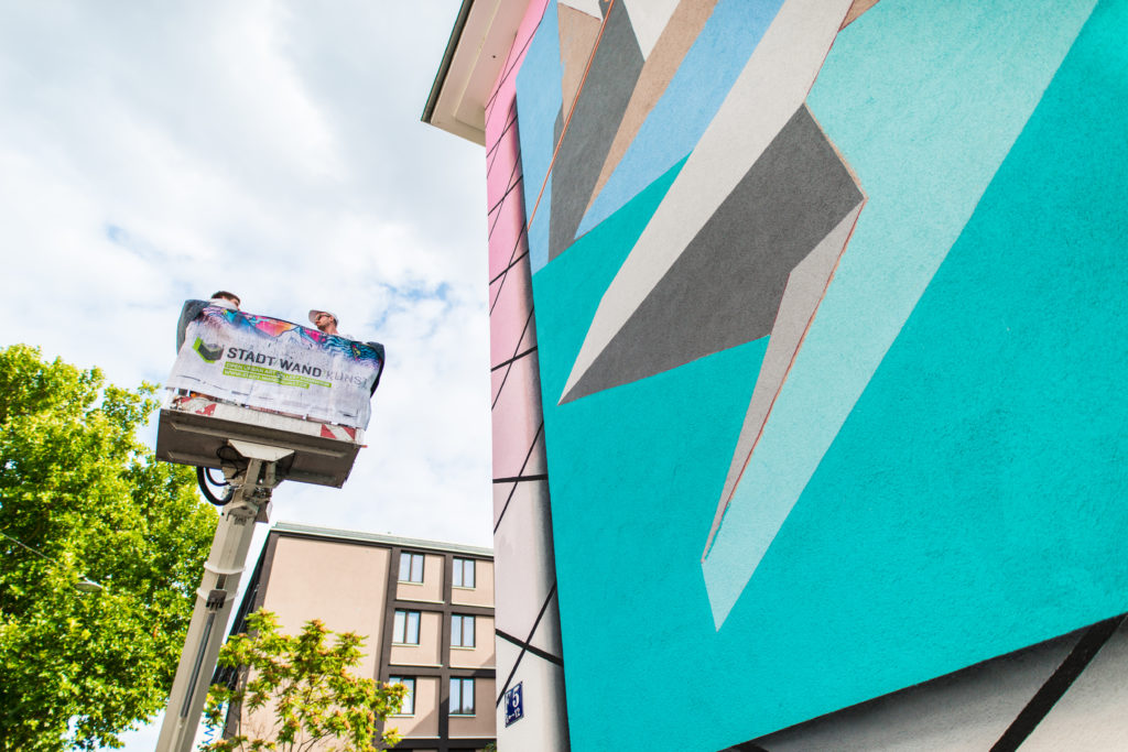 LOW BROS New Wave Video of recent Mural in Mannheim