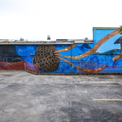 Local_Team_Finished_Mural_SWMaui_2019_©Tre_Packard_5