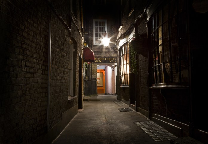 London Alleyway in the city