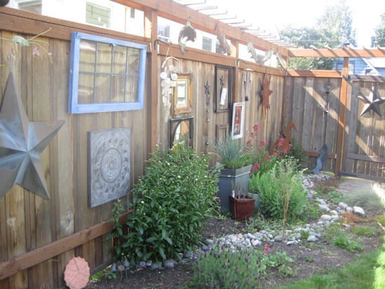 Decorating your backyard fence for Oakland and San Francisco on Backyard Wall Decor Ideas  id=28965