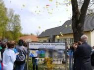 Die Ballons und ihre Wuensche steigen auf-5