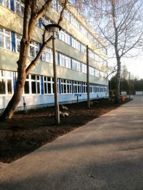 Montessori-Grundschule-Königs-Wusterhausen_Grosser-Arbeitseinsatz-auf-dem-Schulcampus-Königs-Wusterhausen-der-FAWZ-gGmbH_9