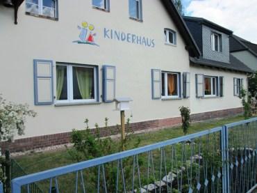 Entwicklung Aussenbereich Kinderhaus Mai 2015_11