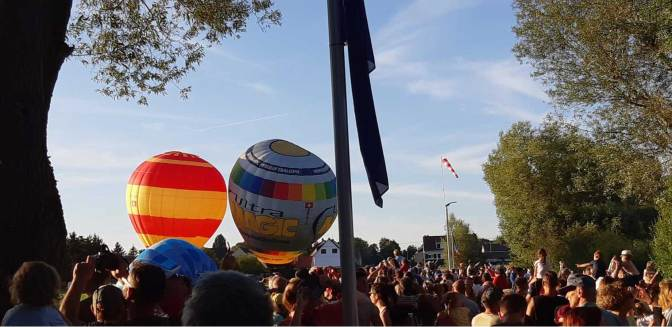 montgolfieres-icare-le-public-site-2