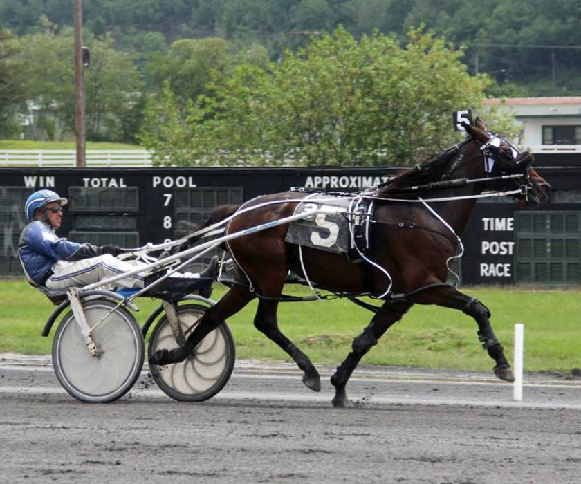 Mike Merton Wins Five at Monticello