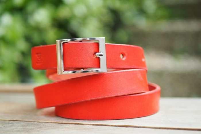 Dámský kožený pásek
