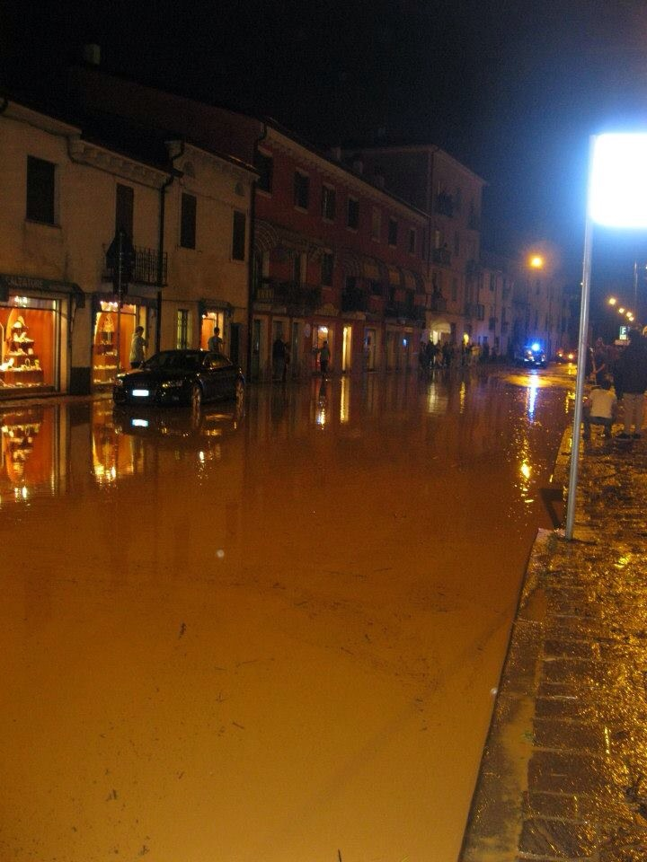 piazza Buccari 16mag13