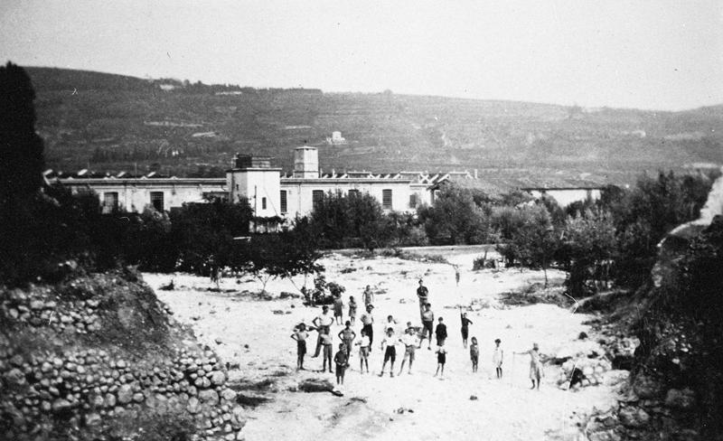 Agosto 1934: tratto d'argine sinistro ceduto all'altezza dell'ex Lanificio Rossi (poi SAPEL).