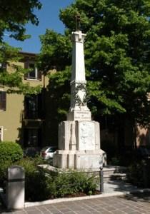 monumento ai caduti1