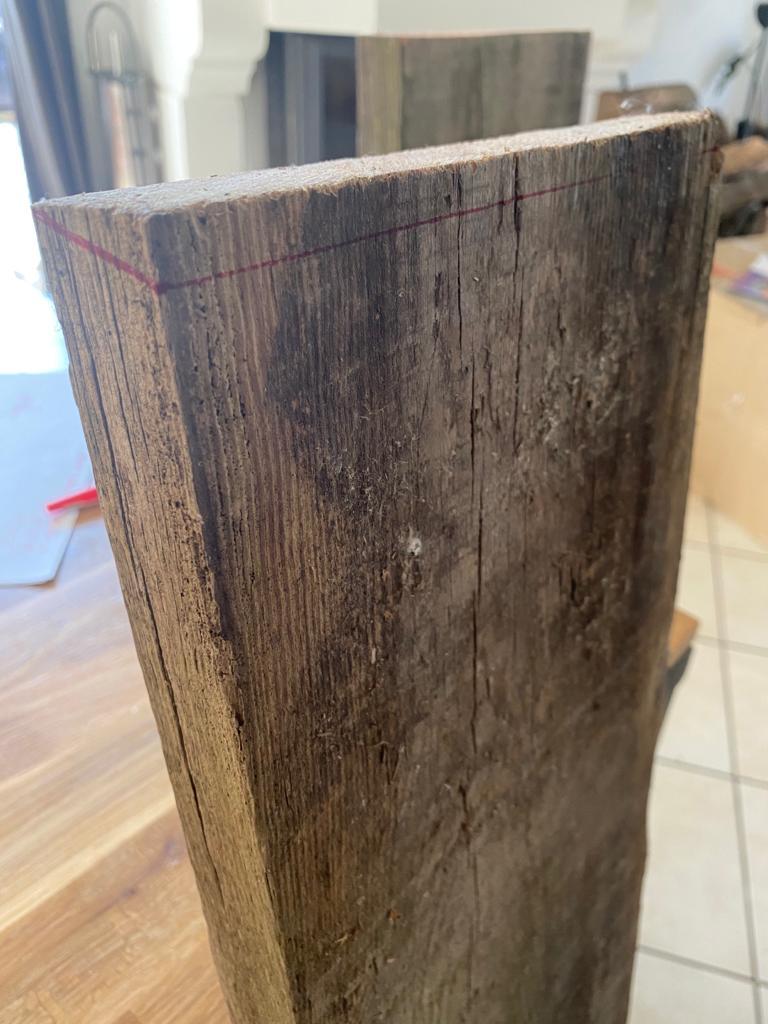 Découpe planches console en bois DIY