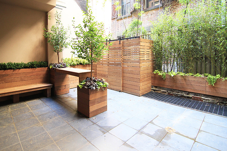 Modern Backyard Design Ideas - Montreal Outdoor Living on Modern Backyard Patio Ideas  id=44974