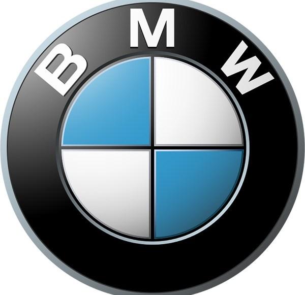 BMW eifert Tesla nach