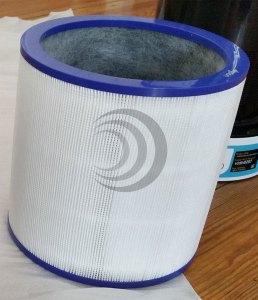 Die Kombination aus HEPA- und Aktivkohlefilter soll 99,5 % aller Partikel aus der Luft holen. (Foto: moobilux.com)