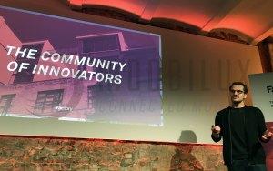 Lukas Kaufmann, Factory CMO & Co-Founder bei der Präsentation. (Foto: moobilux.com/tc)