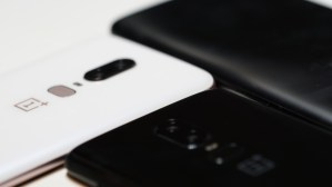 Das neue OnePlus 6 (Bild: moobilux.com)