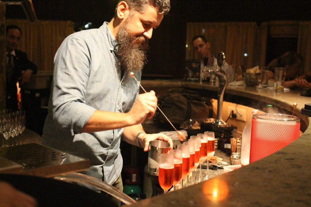 mood-therapist-liquid-laboratory-raspberry-and-tarragon-gin-and-tonic