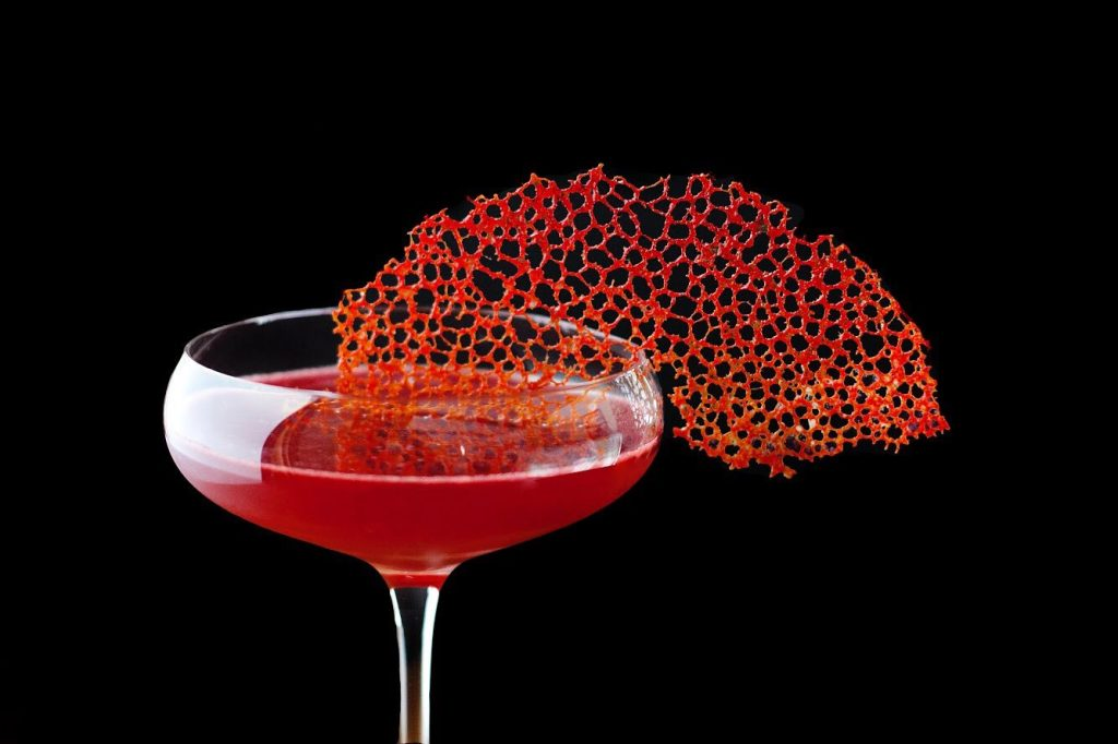 how to make a coral tuile cocktail garnish